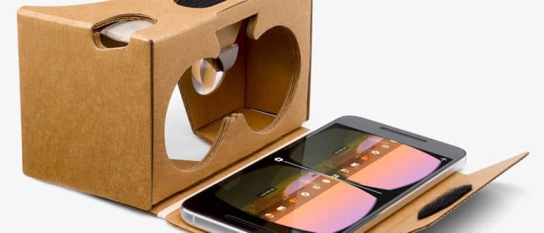 Открытые картонные очки с телефоном